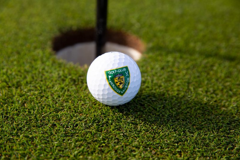 Golf-Club Herzogenaurach   News - Ball